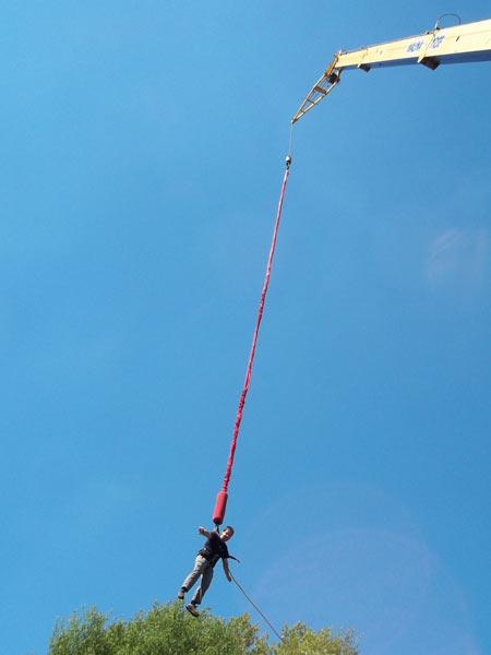 Obrácený bungee jumping