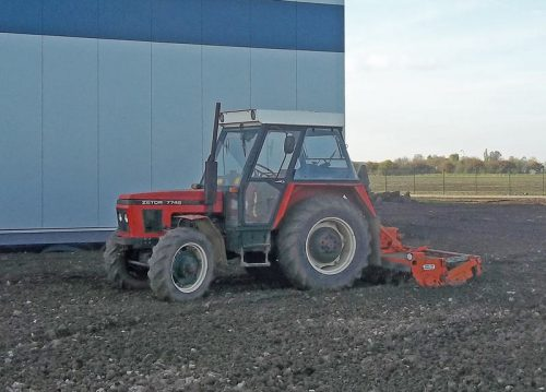 Traktor-Z-7745