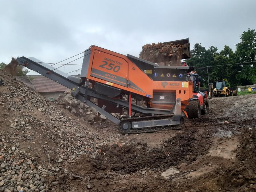 Drcení stavebního a demoličního odpadu